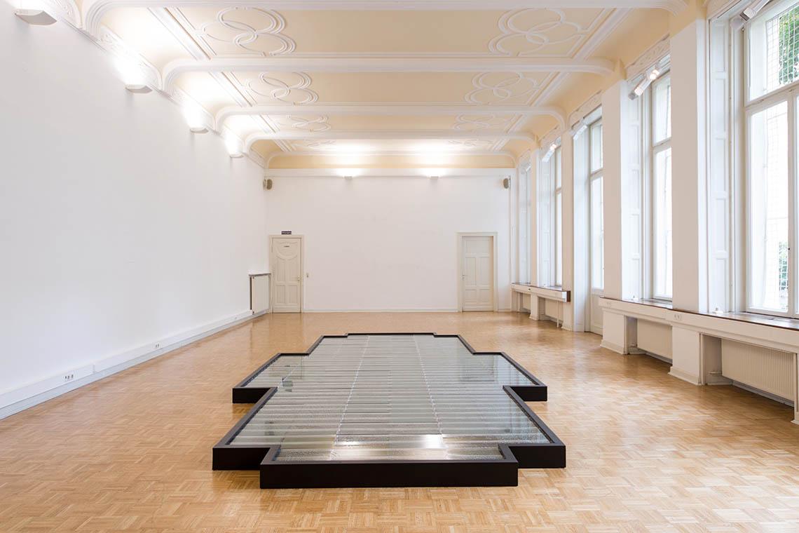 Birgit Schuh_Kondensat II_Bellevuesaal2014_Foto-DirkUebele