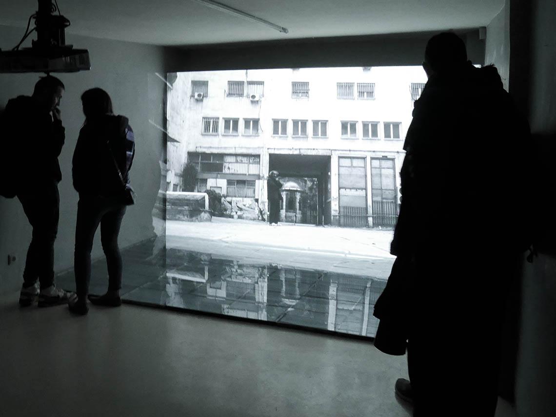 "Andreas Ullrich/Birgit Schuh ""earning from Athens/condensate mirror"" Foto: BirgitSchuh"